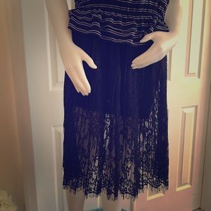 H&M Navy Pleated Lace Skirt 6 NWT $49.99