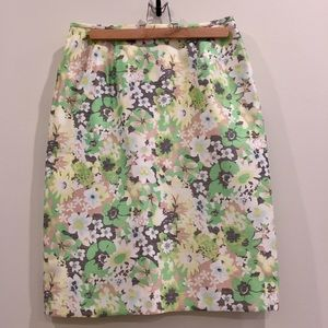 Dresses & Skirts - Floral Green Pencil Skirt