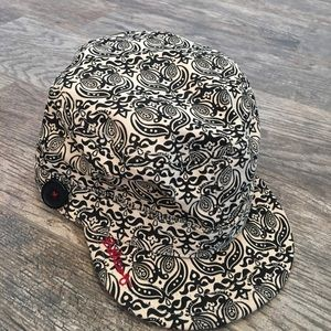 NWOT Billabong hat