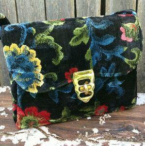 Amazing vintage floral carpet granny bag / purse