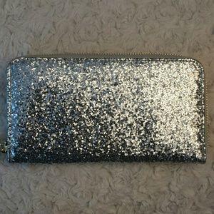 Adrienne Vittadini  Handbags - Adrienne Vittadini NWOT Zip Silver Glitter Wallet
