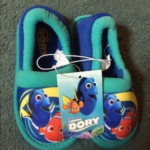 Finding dory kids slippers