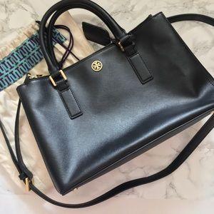 Tory Burch Handbags - Tory Burch Robinson satchel black