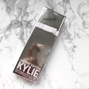 Kylie Cosmetics Other - 🆕 || Kylie Cosmetics Merry Lip Kit