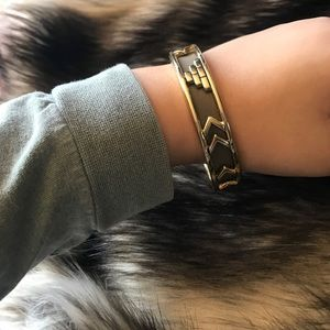 House of Harlow 1960 Jewelry - house of harlow aztec bangle