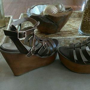 ollio Shoes - Leather wedges