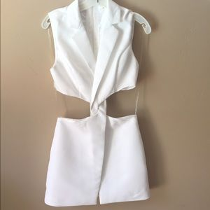 Mustard Seed Dresses & Skirts - Mustard Seed White Dress Exposed Waist NWT
