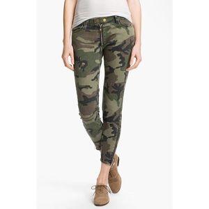 TEXTILE Elizabeth and James Denim - Textile by Elizabeth & James Cooper Camo Jeans