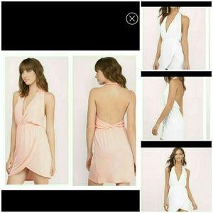 Tobi Dresses & Skirts - 💥 JUST IN  💥 Analeigh Blush Tulip Dress