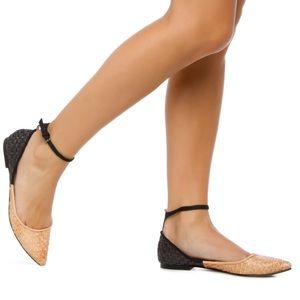 Shoe Dazzle Shoes - Beautiful woven cream and black flats