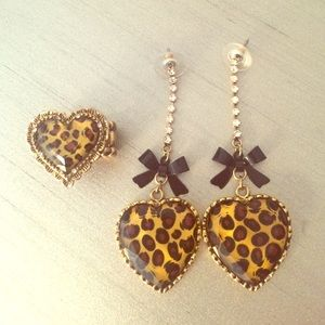 Betsey Johnson Leopard earring & ring bundle!