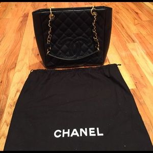 CHANEL Bags - Chanel cc small tote bag.  NO TRADES