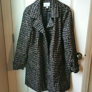Relativity Jackets & Blazers - Relativity mid length spring coat