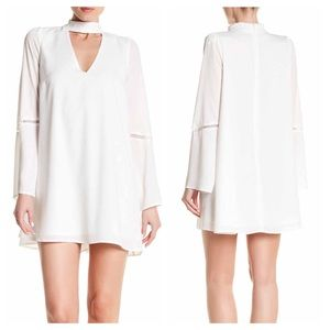 Lucca Couture Dresses & Skirts - Lucca Couture White Bell Sleeves Lace Shift Dress