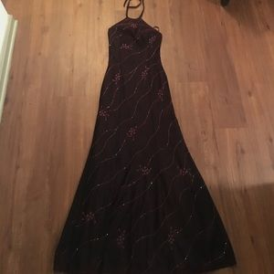 Dresses & Skirts - Beautifully Beaded Dress