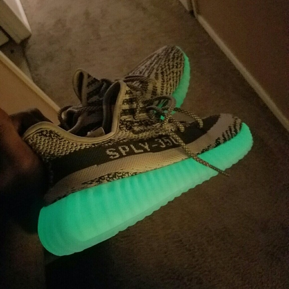 on sale 31da0 2ae7f yeezy boost 350 v2 moonrock NWT