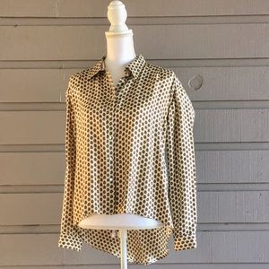 Elizabeth and James Tops - 100% silk Elizabeth and James button down