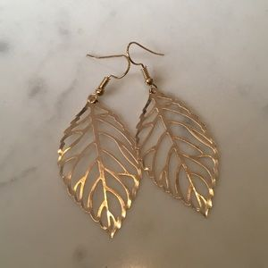 NEW Gold Leaf Dangle Earrings