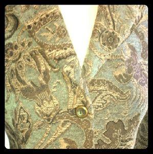 Harve Benard Jackets & Blazers - Harve Bernard Tapestry Cropped Blazer 6P