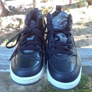 Nike Air Jordan Flight High Top shoe's Boys size 5