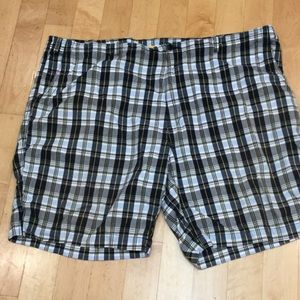 Roundtree & Yorke Other - LIKE NEW men's plaid golf shorts