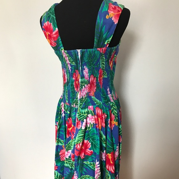 Vintage Dresses - Vintage Hawaiian Sun Dress