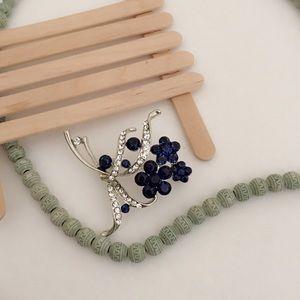 25% off 💍 A41 Sterling Silver Blue Flower Brooch
