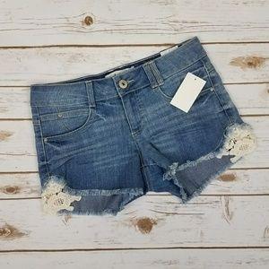 {Jolt} NWT Medium Wash Jean/Denim Short-Sz 7