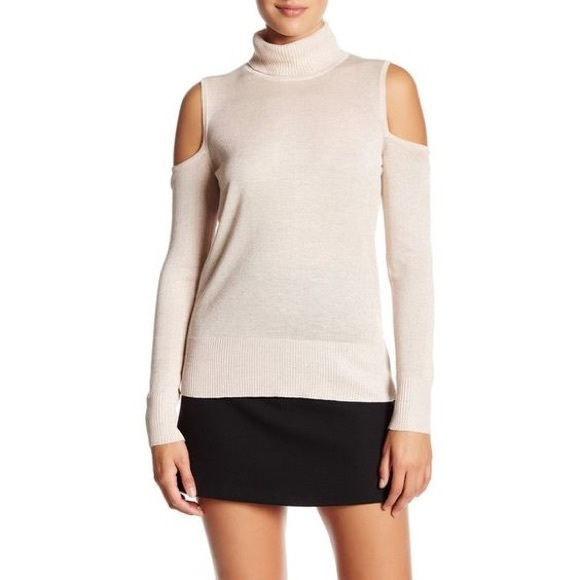 Cable & Gauge Sweaters - Cable & Gauge cold shoulder turtleneck