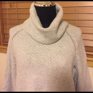 Banana Republic Sweaters - Banana Republic Grey Chunky Turtle Neck - Medium