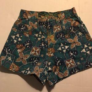 Filippo Pants - High Waist Shorts