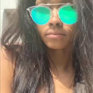 Accessories - Green tinted aviator shades