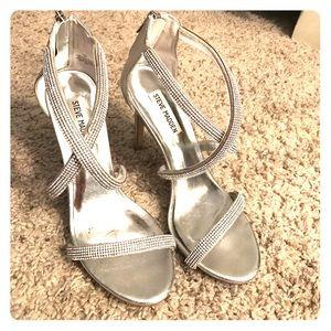 Steve Madden Shoes - Steve Madden jeweled heels