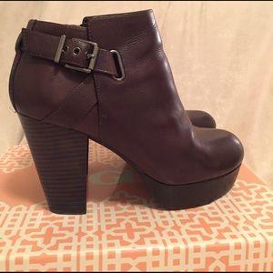 Gianni Bini Shoes - Chocolate Brown Platform Ankle Boots- Like New