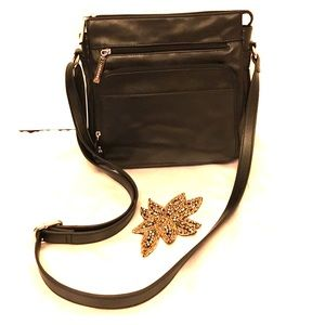 Giani Bernini Handbags - GIANI BERNINI- genuine leather black shoulder bag