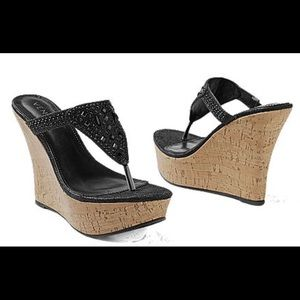 New and inbox rhinestone wedge size 8