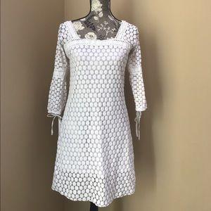 Solitaire white crochet dress