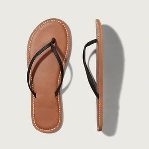e4cf45826a4 Abercrombie   Fitch Shoes - Abercrombie Fitch Women s Leather Flip Flops