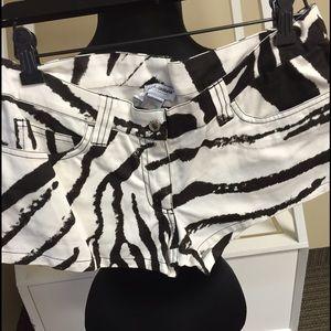 Dolce & Gabbana Black & White Shorts