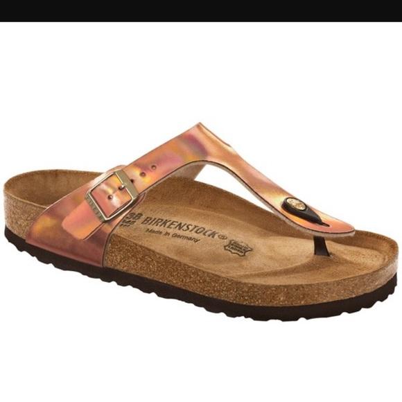 237fd1d9919b Birkenstock Shoes - Gizeh Birkenstock size 40 metallic copper