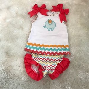 Baby Aspen Other - New precious 2 piece romper by Baby Aspen