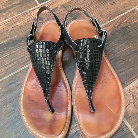 39145ed202ba7 Gap thong sandals - SZ 9 - cute!!!