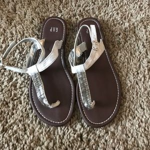 New Gap sandals! Size 6 GREAT condition!