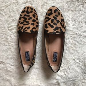 me too Shoes - Adam tucker..Me too cheetah print flats
