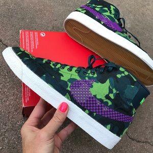 Nike Shoes - 🎉NIKE SALE 🎉 NWOB | NIKE WOMEN BLAZERS JACQUARD