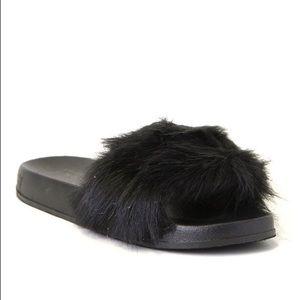 ShuShop Shoes - ShuShop Black Fur Slides