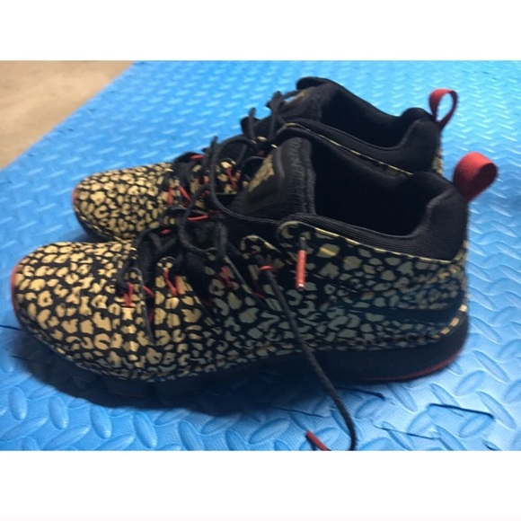 NIKE JUST DO IT FREE TRAINER 7.0 MID CHEETAH SHOES