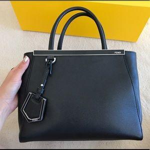 Fendi Handbags - Fendi 2jour black bag