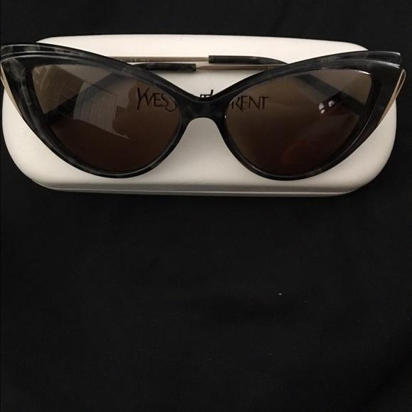 f0311b3164 Yves Saint Laurent black cat eye sunglasses. M 58e53594c6c795578b000209