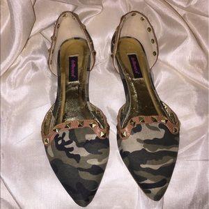 Dollhouse Shoes - DOLLHOUSE Camouflage Rockstud Flats Sz. 8